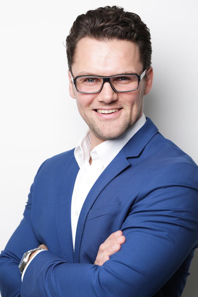 Portrait von Patrick Schneider