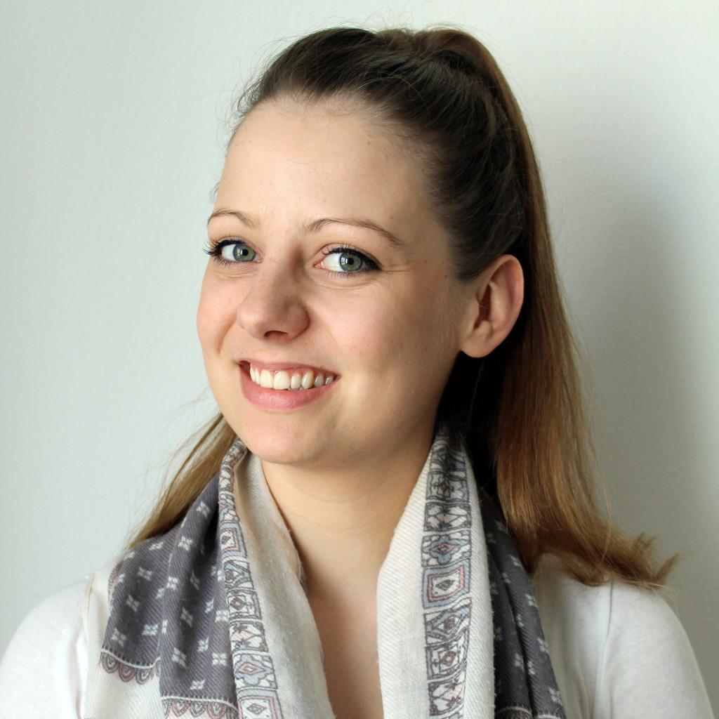 Portrait von Annabel Hau