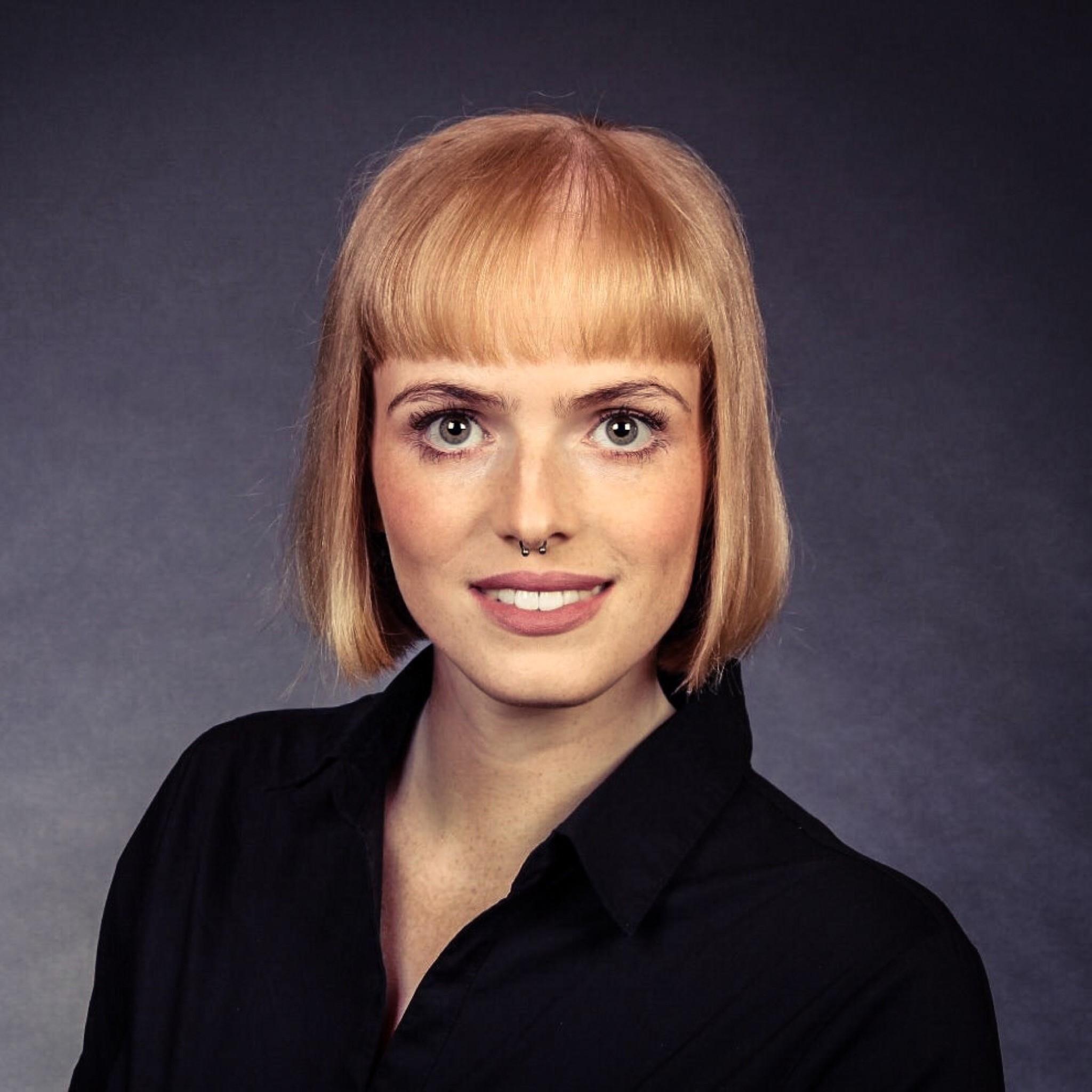 Portrait von Katharina Kroenert