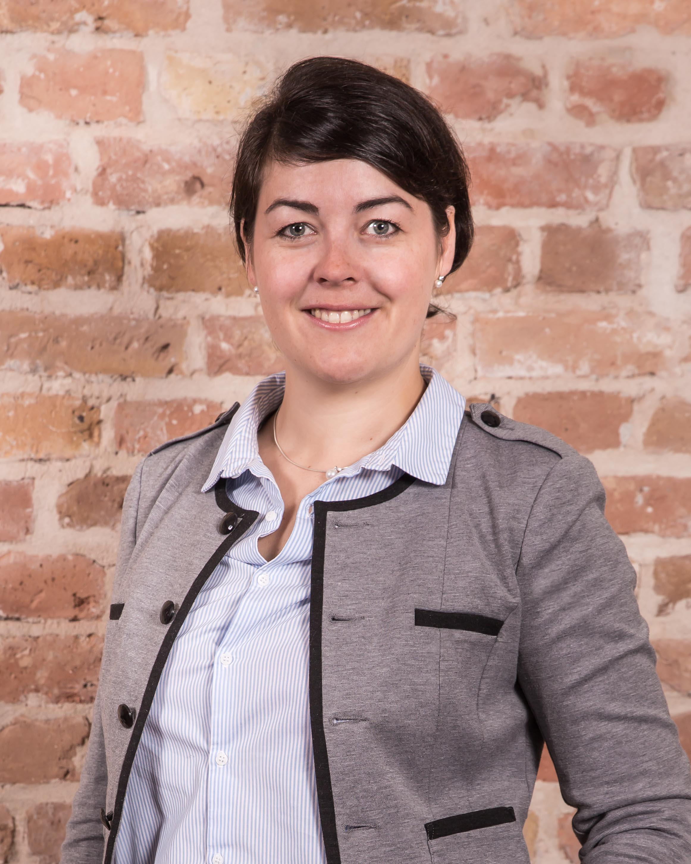 Portrait von Anika Hösl