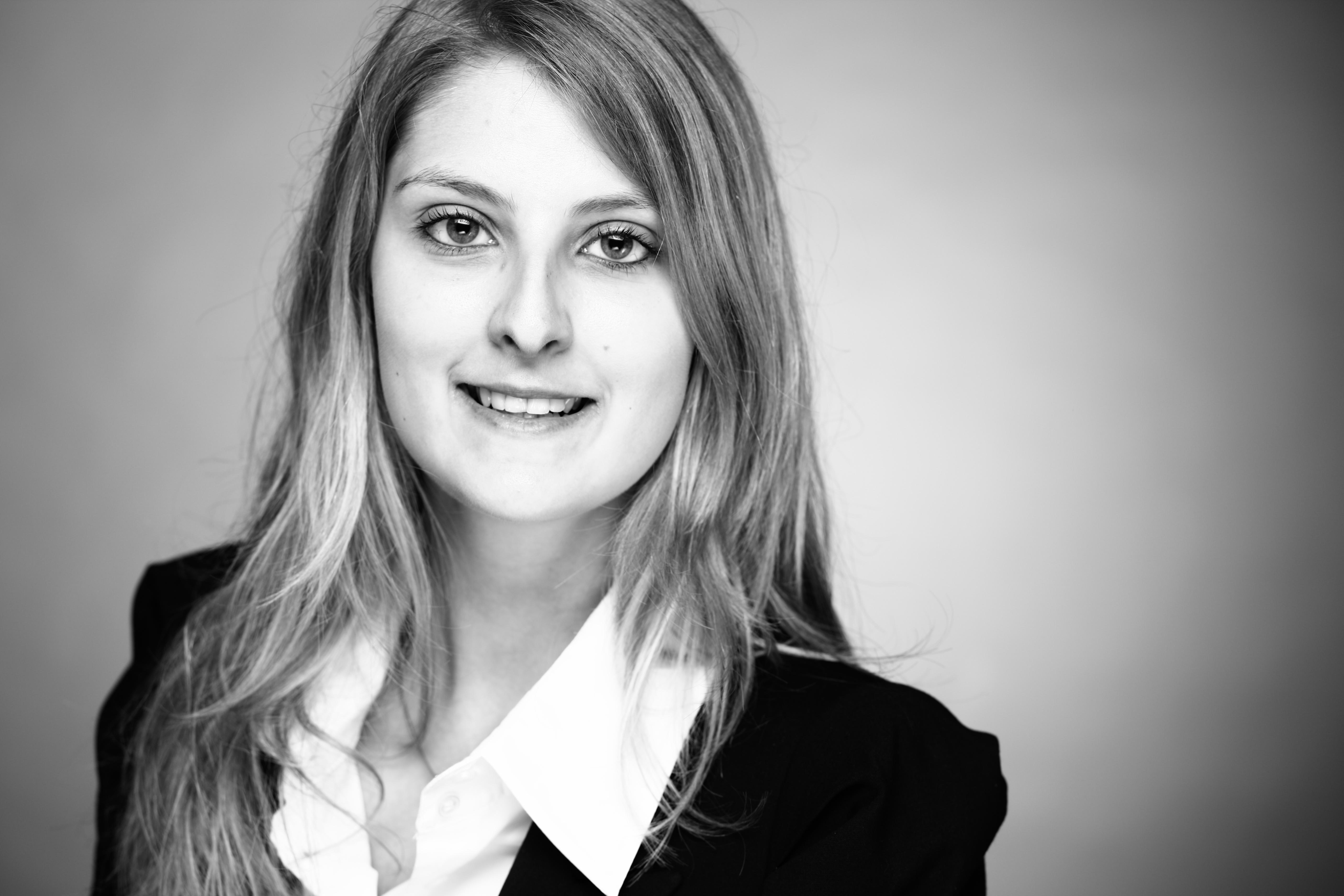Portrait von Isabell Ziegert