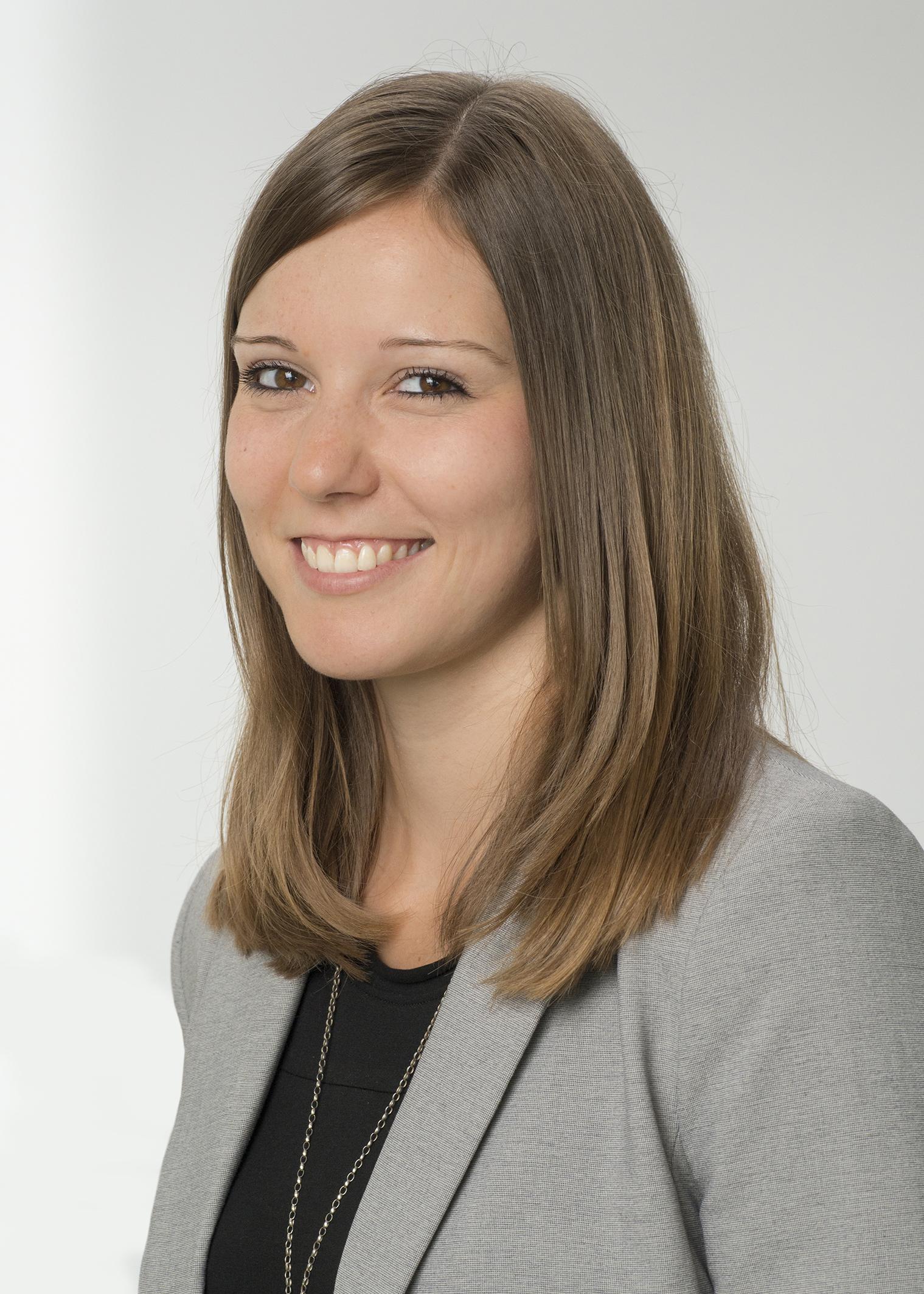 Portrait of Nina Schneider