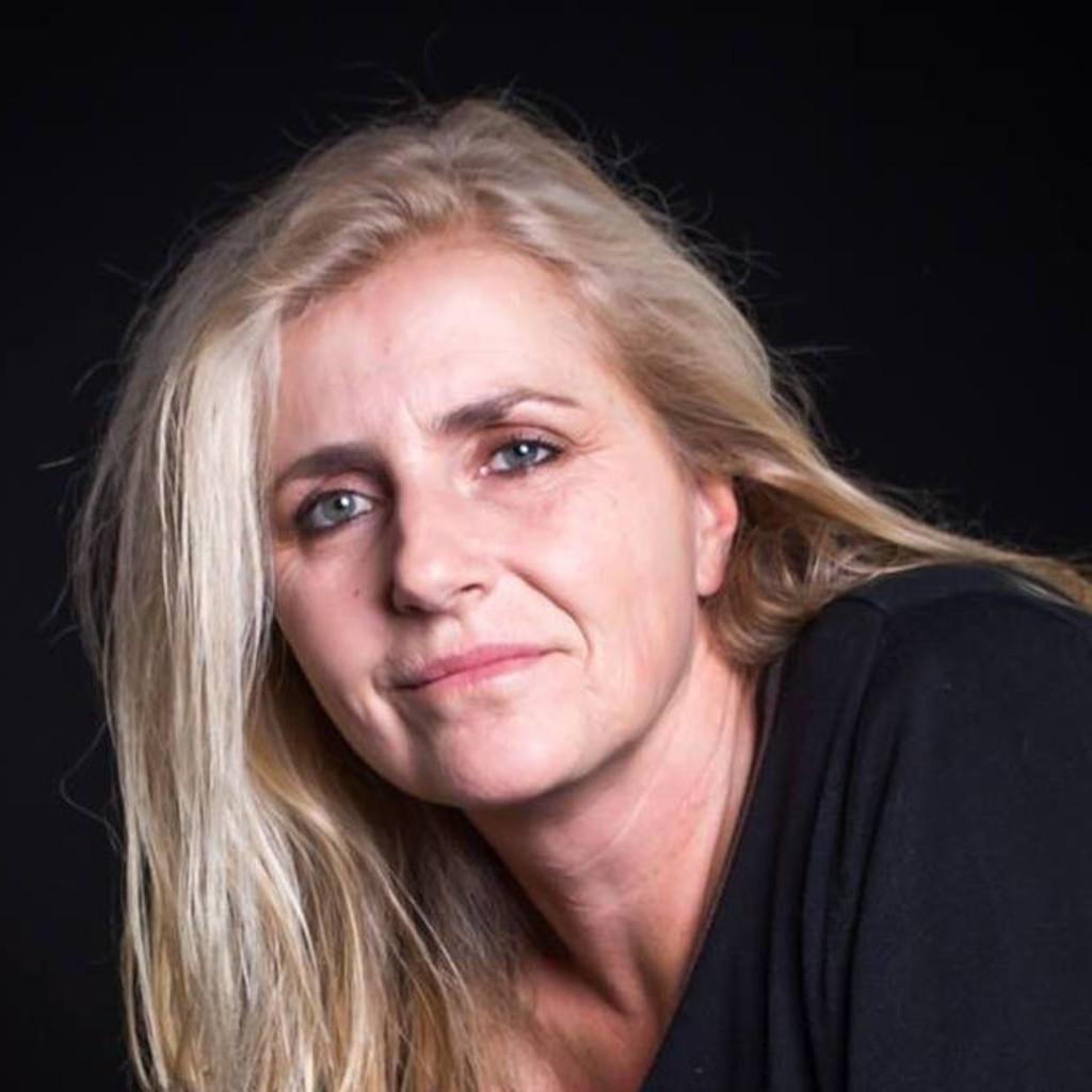 Portrait von Astrid Stennei