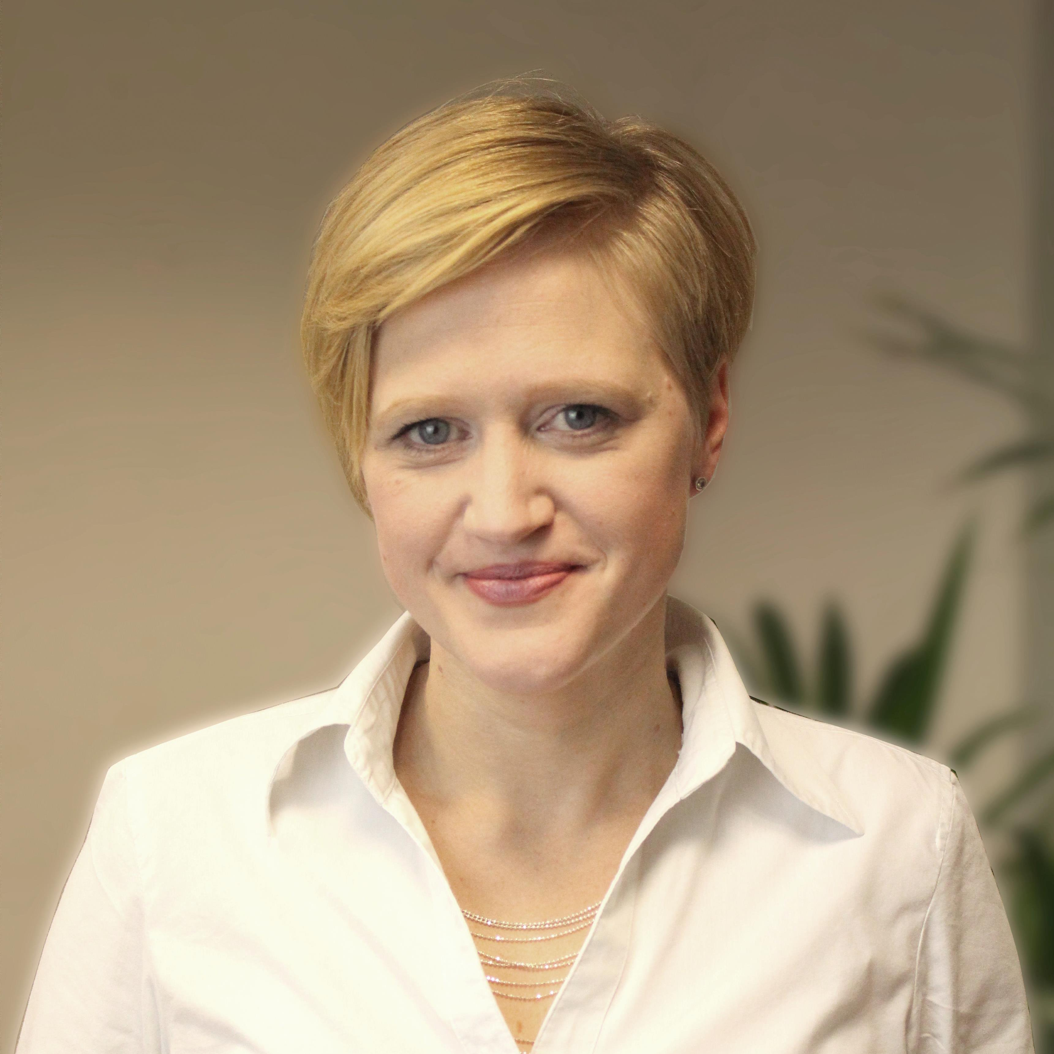 Portrait of Marion Hodapp