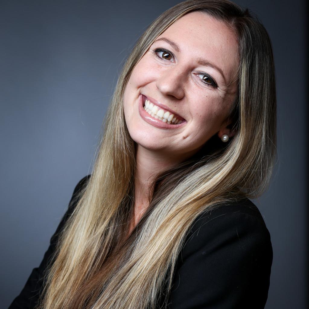 Portrait von Natalja Atapin