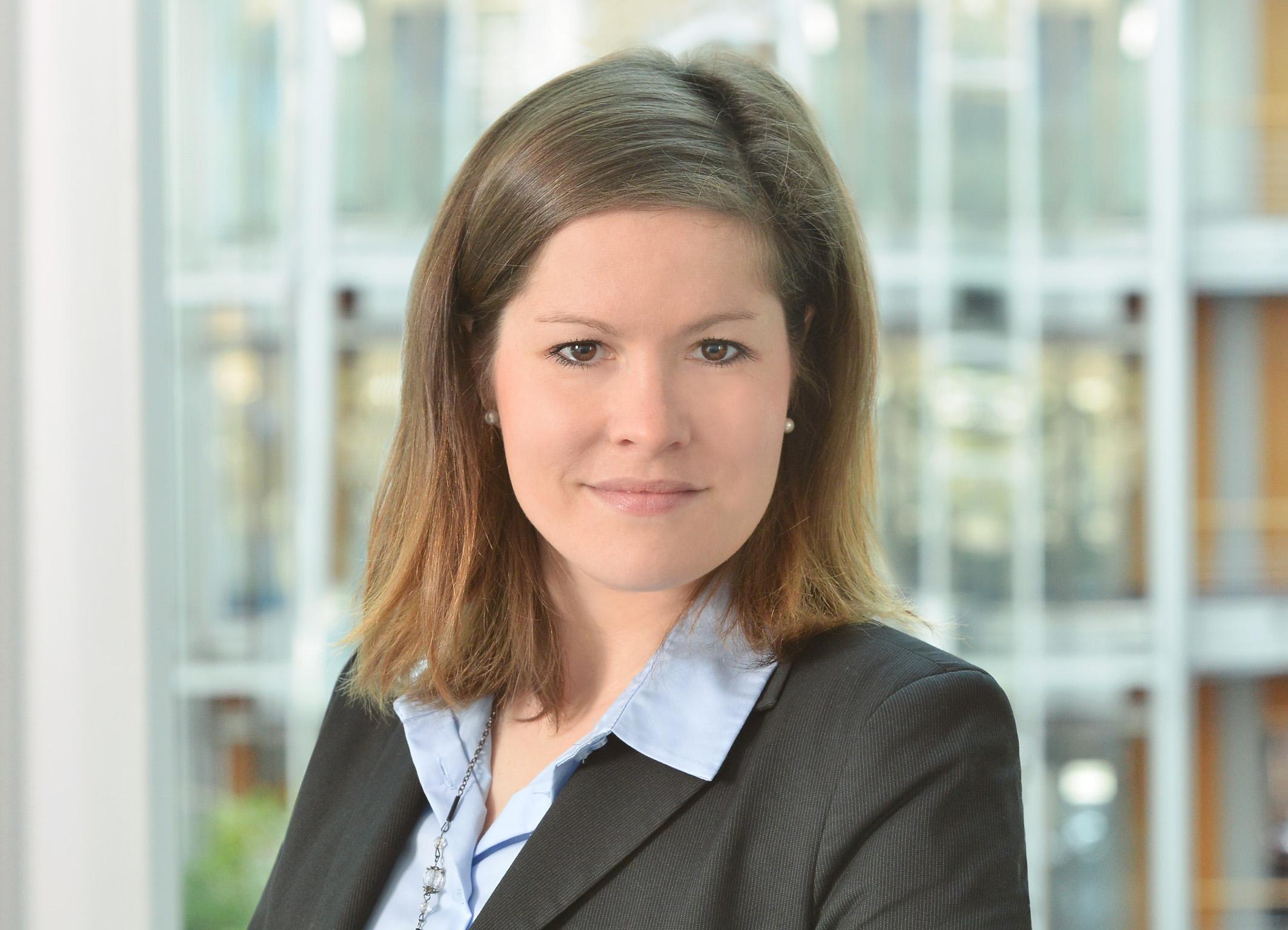 Portrait von Kirstin Stoll
