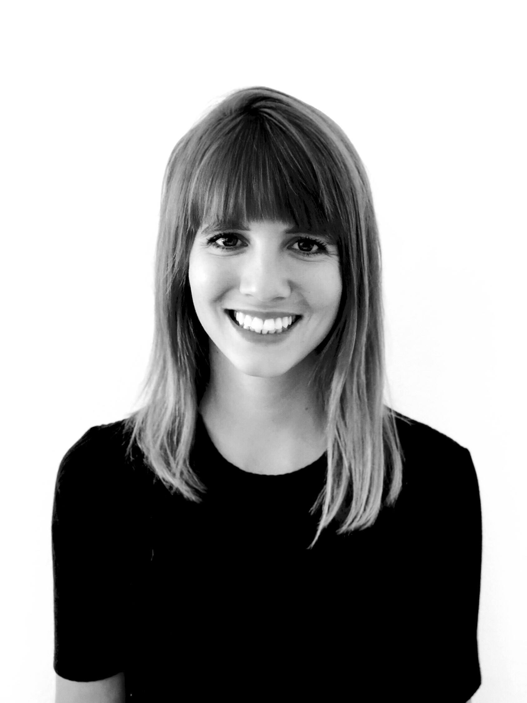 Portrait of Jana Schneider