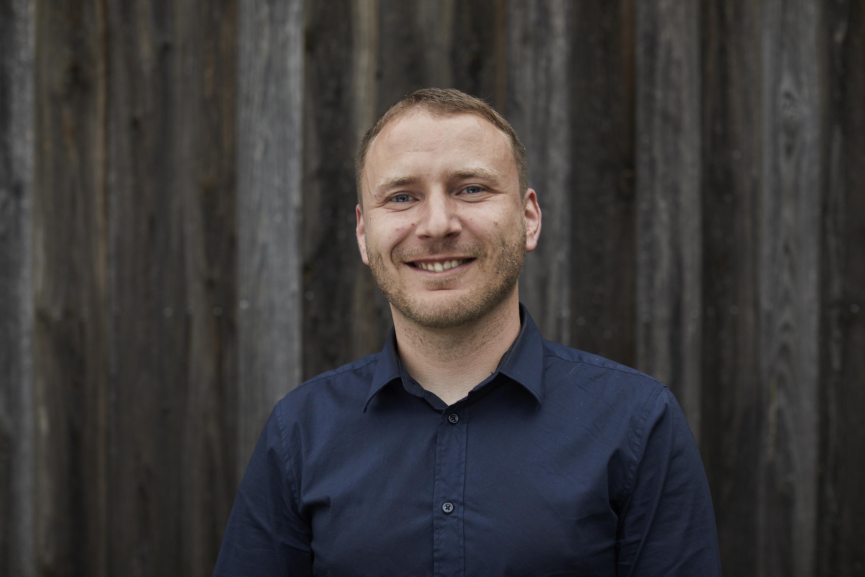 Portrait of Steven Petter