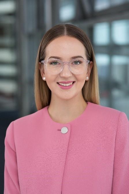 Portrait of Julia Kreis