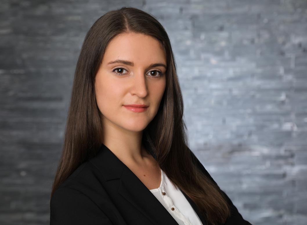 Portrait of Elena Schieker
