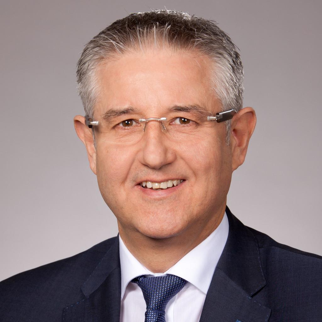 Portrait of Axel Flatten