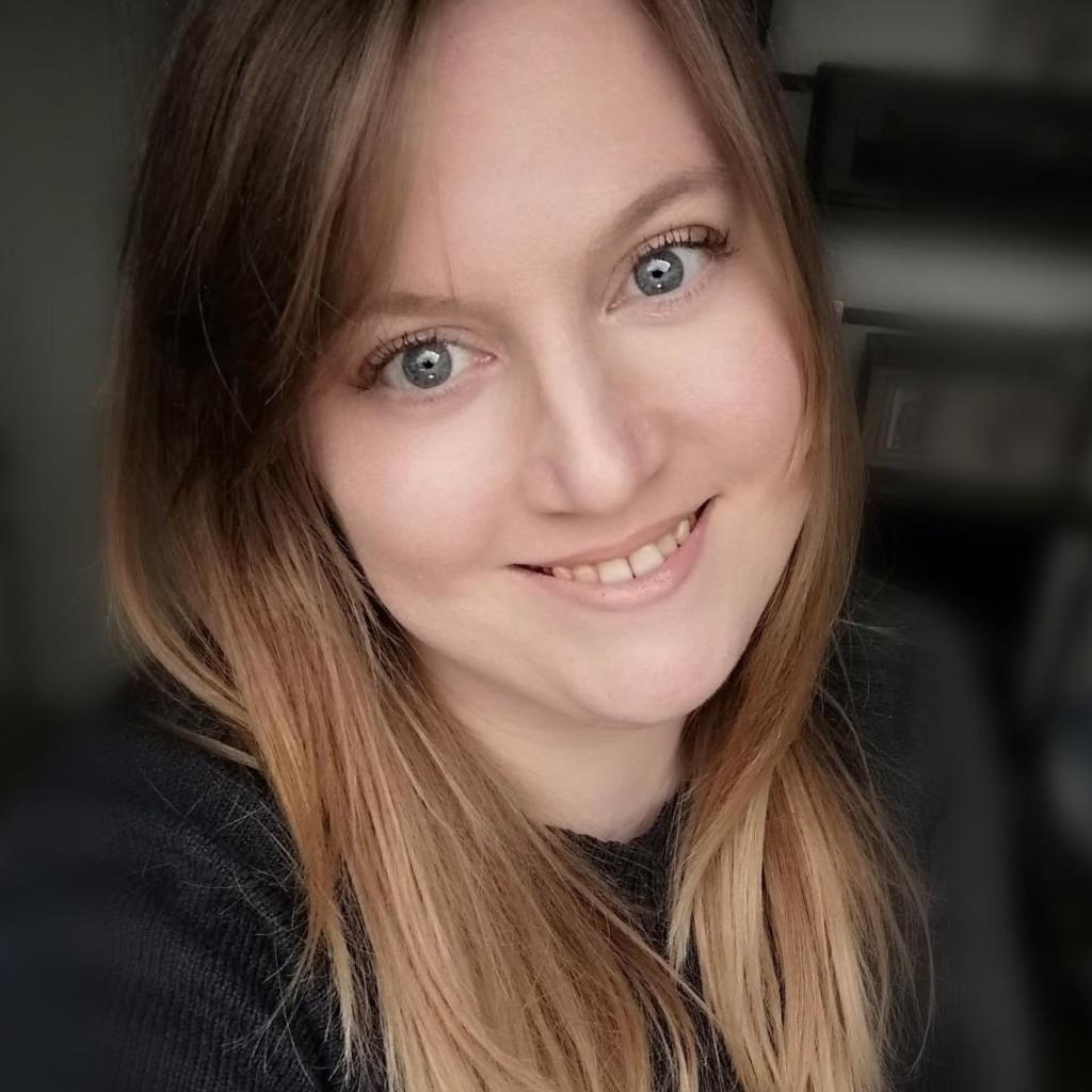 Portrait von Kathrin Biedermann